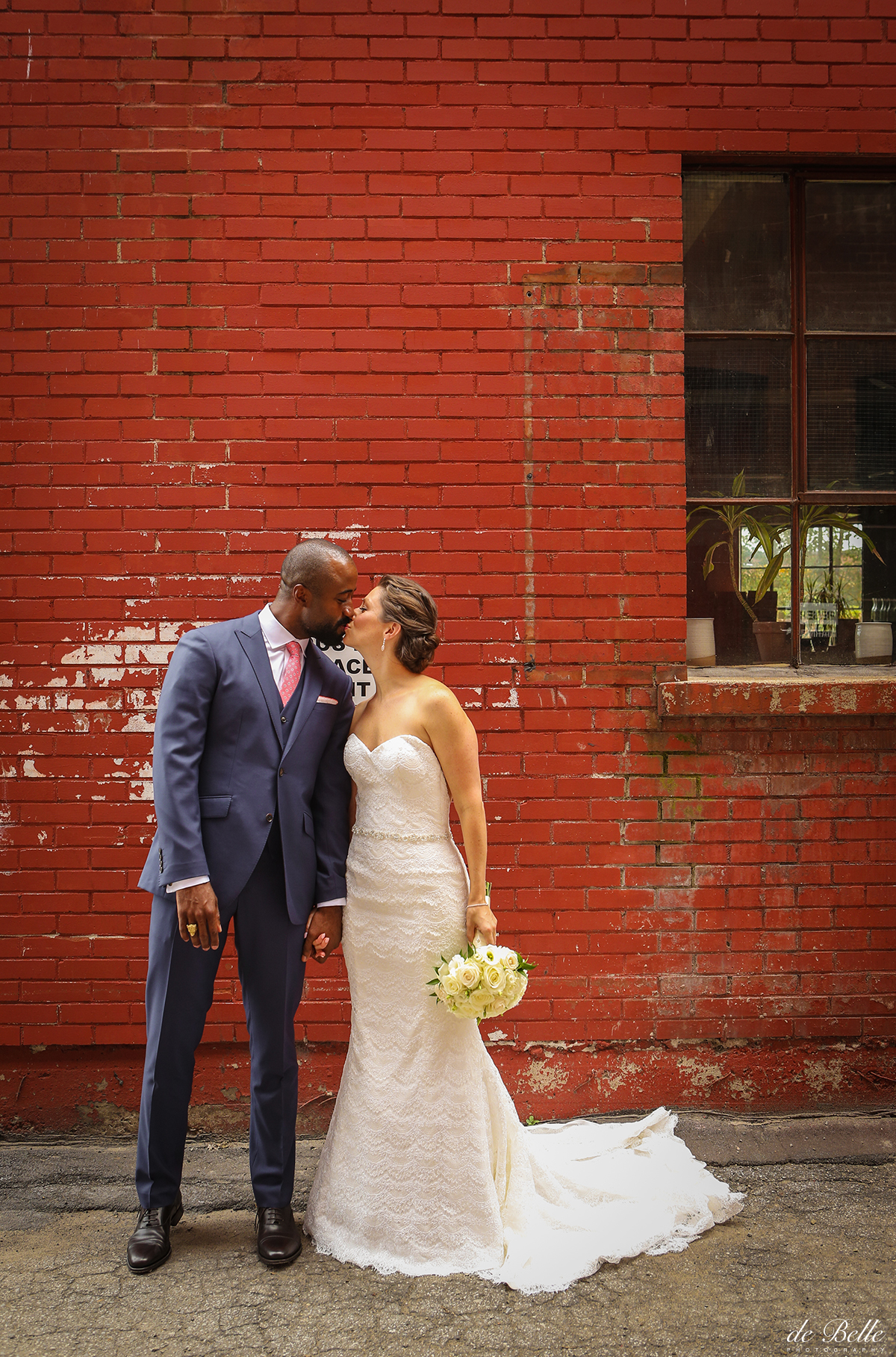 Montreal-Wedding-Photographer-Debelle-LD11