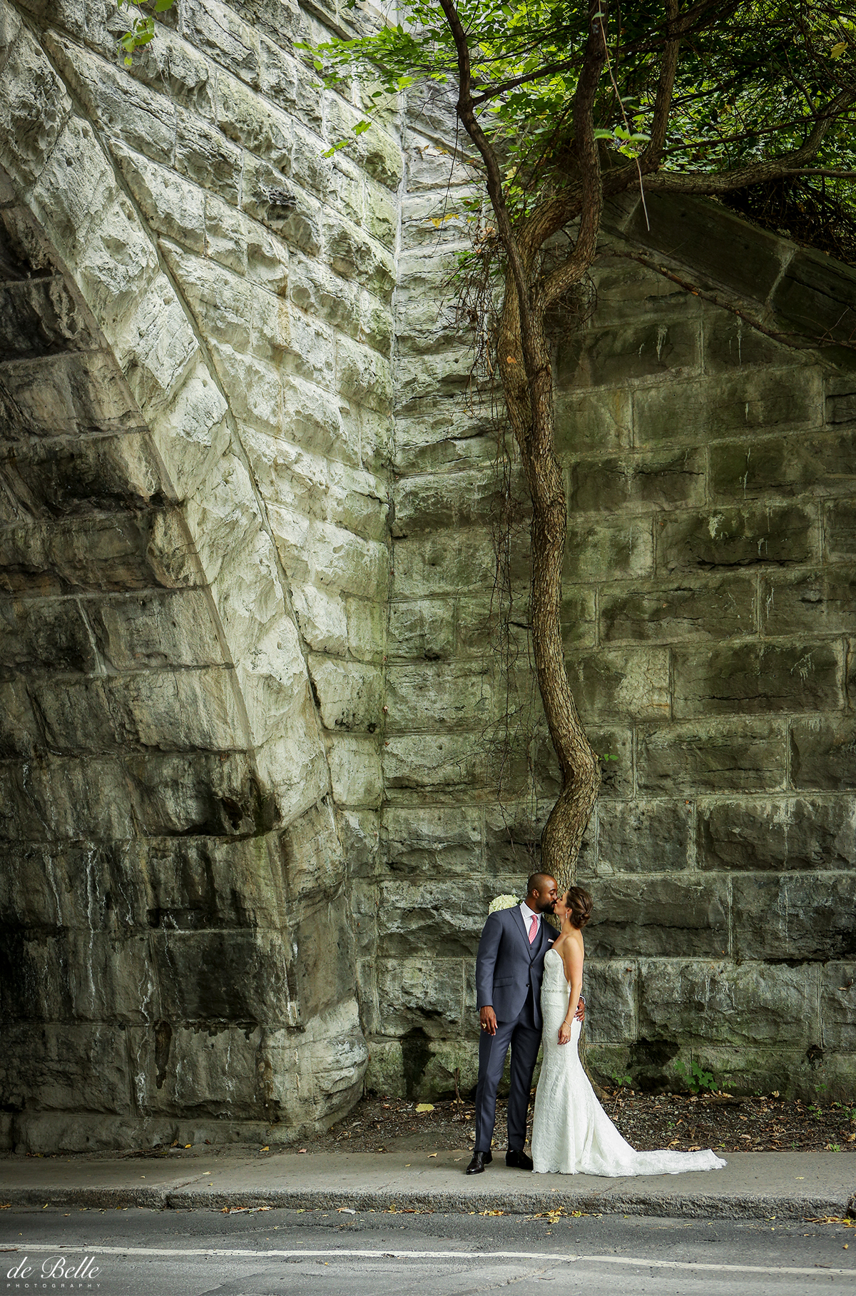 Montreal-Wedding-Photographer-Debelle-LD15